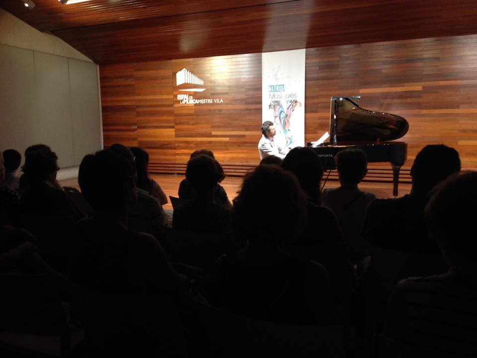 Pianist Teo Milea performing at Altres Musiques Festival in Benicassim (Spain 2015)