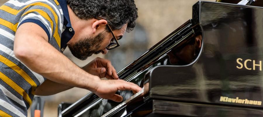 Pianistul si compozitorul Teo Milea